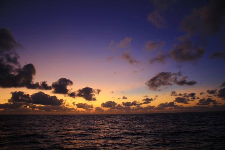 sunset_towards galapagos